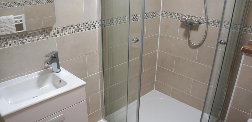 Bathroom in top floor apartment at Bordeaux