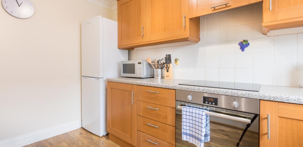 C9 Kitchen_110