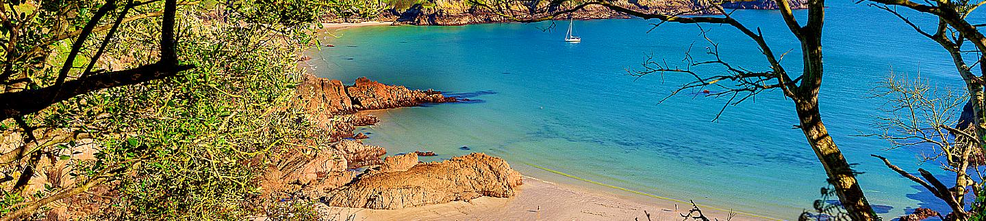 view of Moulin Huet from cliffs